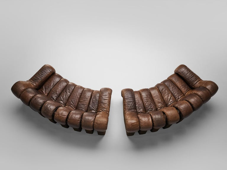 Pair of De Sede 'Snake' DS-600 sofas, brown leather, Switzerland, 1972.  A pair of two De Sede 'Snake' sofas in smooth brown leather. A design by Ueli Bergere, Elenora Peduzzi-Riva, Heinz Ulrich and Klaus Vogt at De Sede, Switzerland. De Sede 'Non