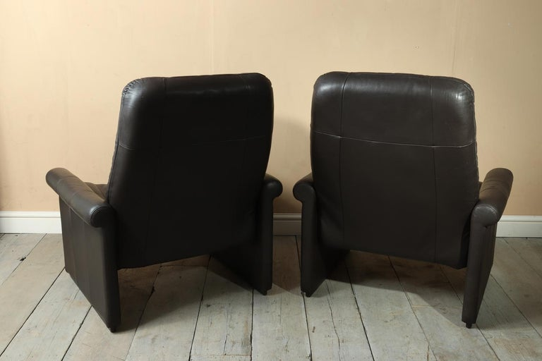 Pair of De Sede DS50 Reclining Armchairs For Sale 3