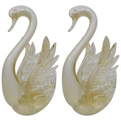 Pair of Decorative Murano Italian Art Glass Swans with Gold Flecks
