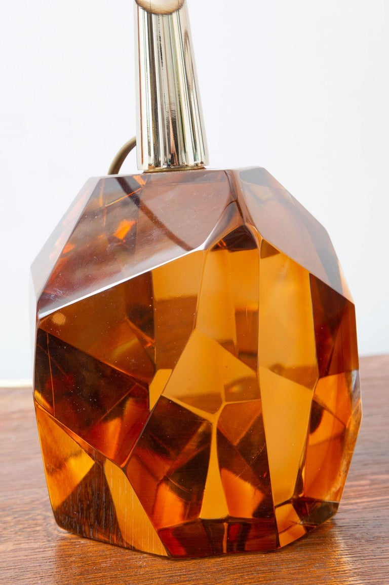 Pair of Diamond Amber Glass Table Lamps, in Stock For Sale 3