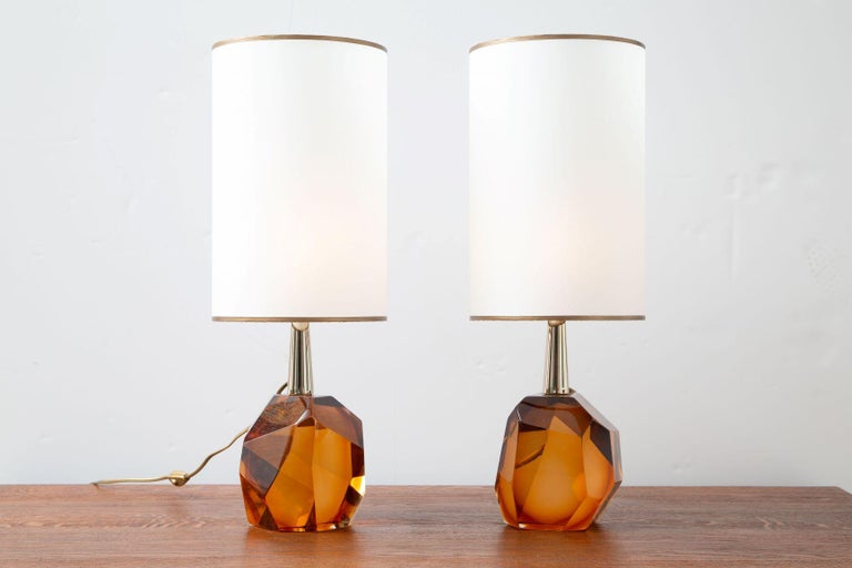 Italian Pair of Diamond Amber Glass Table Lamps, in Stock For Sale