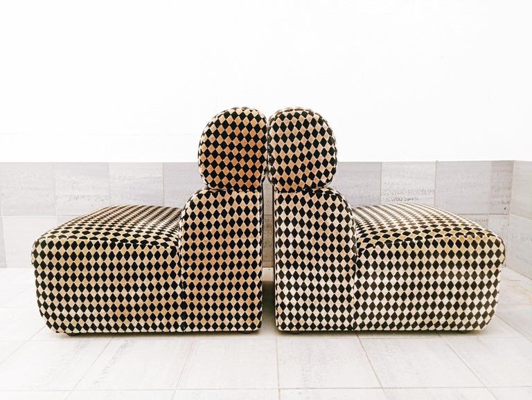 20th Century Pair of Diamond Easy Chairs, France, 1970s For Sale