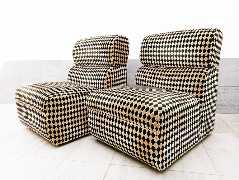 Pair of Diamond Easy Chairs, France, 1970s For Sale 2