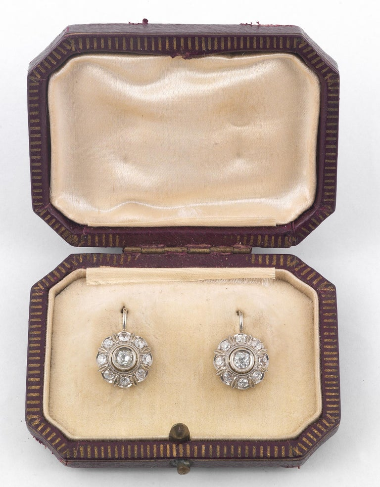 Antique Diamond Gold Cluster Earrings In Excellent Condition For Sale In Firenze, IT