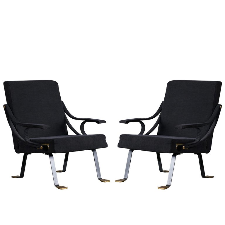 Pair of 'Digamma' Chairs by Santa & Cole For Sale