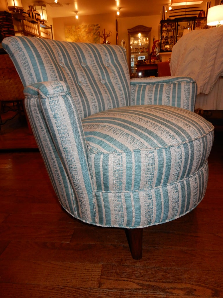 20th Century Pair of Diminutive French Art Deco 1930s Custom Armchairs For Sale