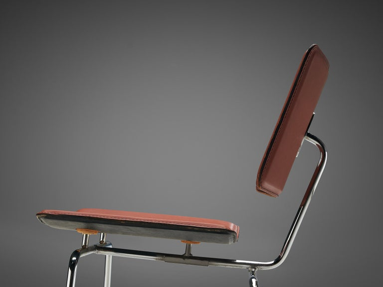 Pair of Dining Chairs in Chrome and Leather For Sale 2