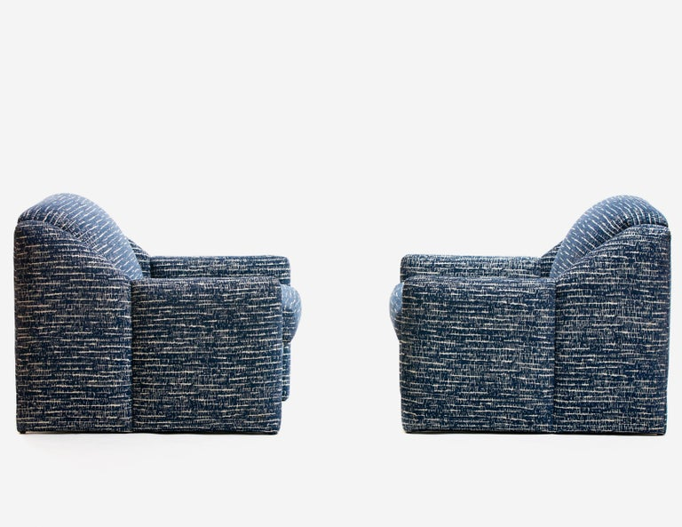American Pair of Directional Sculptural Lounge Chairs in Blue & White Knoll Fabric  For Sale