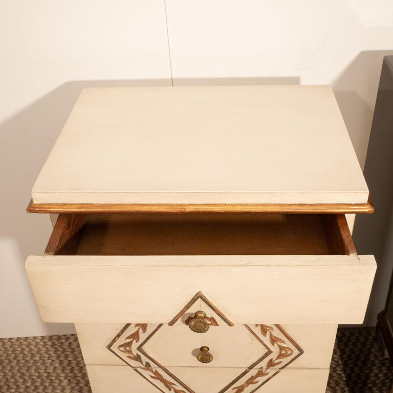 20th Century Pair of Directoire Style Painted Bedside Tables For Sale