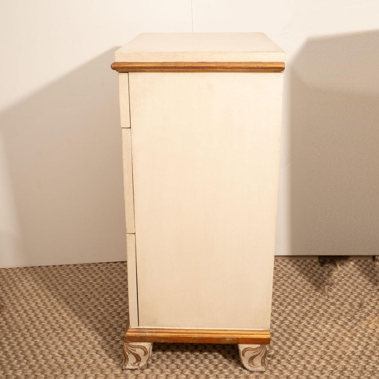 Pair of Directoire Style Painted Bedside Tables For Sale 3