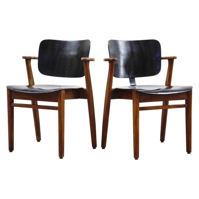 Pair of 'Domus' Armchairs by Ilmari Tapiovaara, circa 1947, Finland For Sale