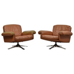 Pair of DS31 Swivel Lounge Armchairs by De Sede, Switzerland, 1970s