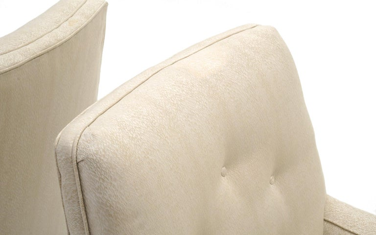 Upholstery Pair of Dunbar Lounge Chairs Model 5484 Designed by Edward Wormley, Medium Scale