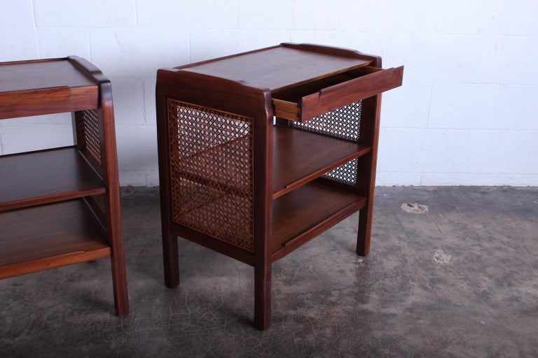 Pair of Dunbar Nightstands by Edward Wormley In Good Condition For Sale In Dallas, TX