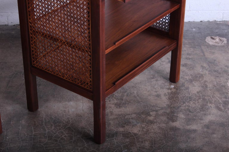 Mid-20th Century Pair of Dunbar Nightstands by Edward Wormley For Sale