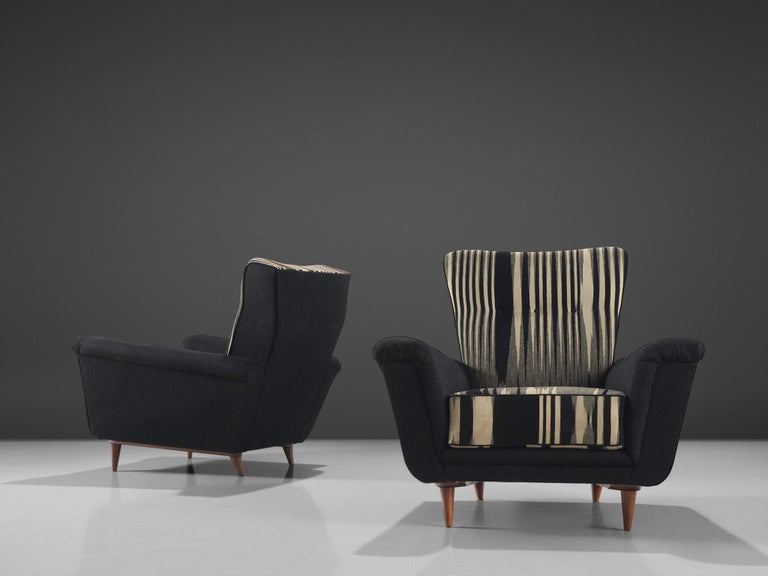 Mid-Century Modern Pair of Dutch Black and White Armchairs, circa 1950 For Sale