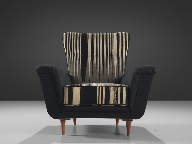 Pair of Dutch Black and White Armchairs, circa 1950 In Good Condition For Sale In Waalwijk, NL