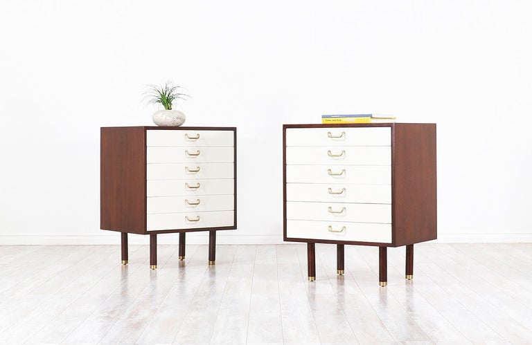 British Pair of E. Gomme Two-Tone Lacquer Nightstands for G-Plan For Sale