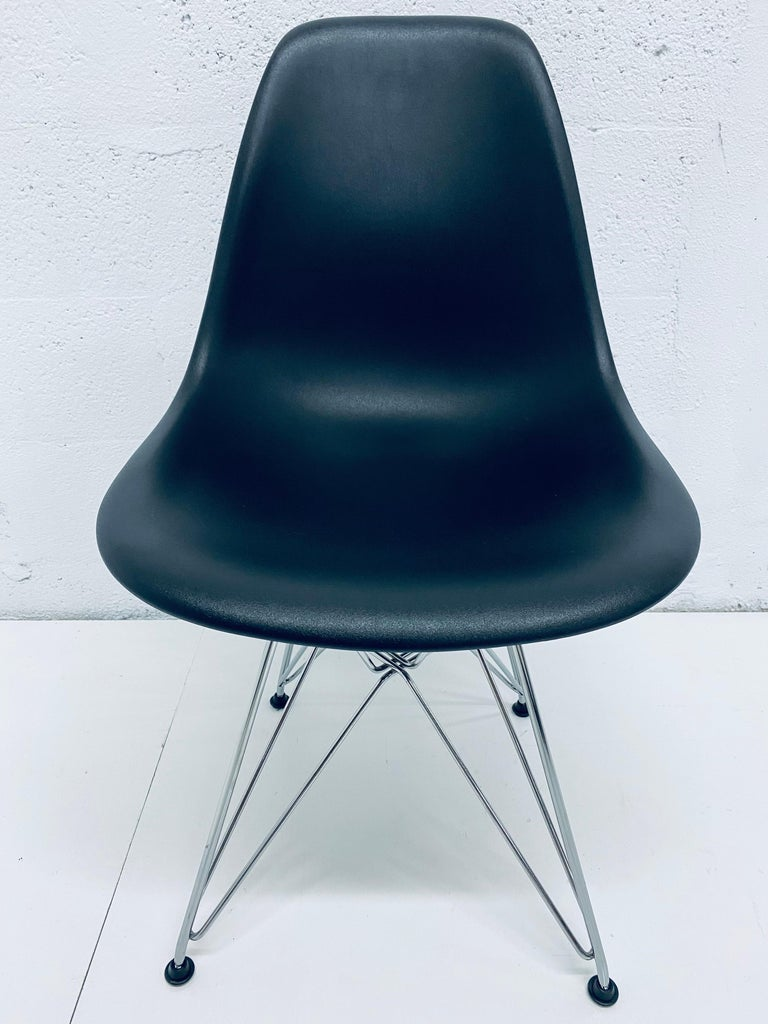 Pair of Eames Black Molded Plastic Side Chair for Herman Miller For Sale 3