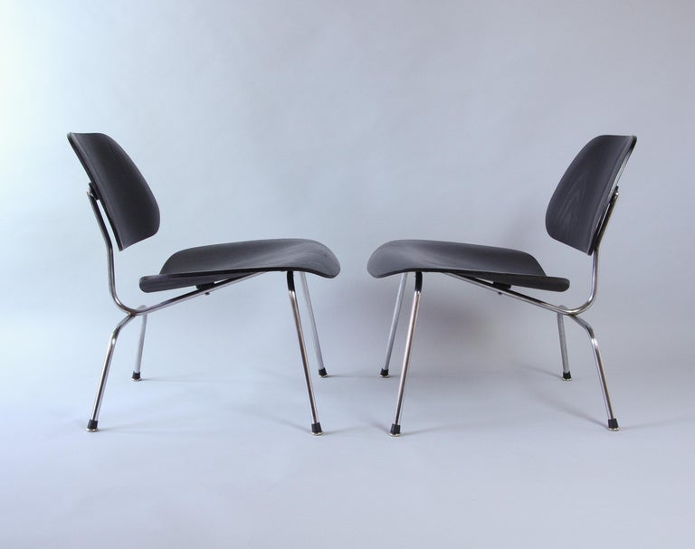 Mid-Century Modern Pair of Eames LCM Chairs by Contura in Black and Chrome