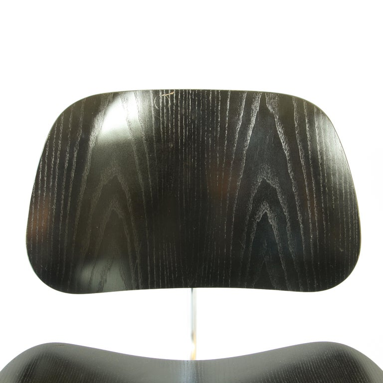 Mid-20th Century Pair of Eames LCM Chairs by Contura in Black and Chrome