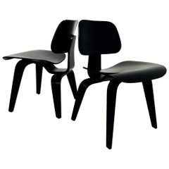 Pair of Eames LCW Molded Plywood Lounge Chairs for Knoll