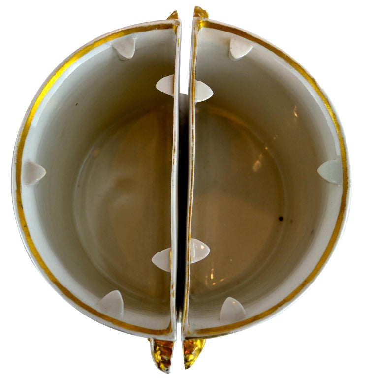 Pair of Early 19th Century English Worcester Orange Ground Gilded Star Bough Pot For Sale 1