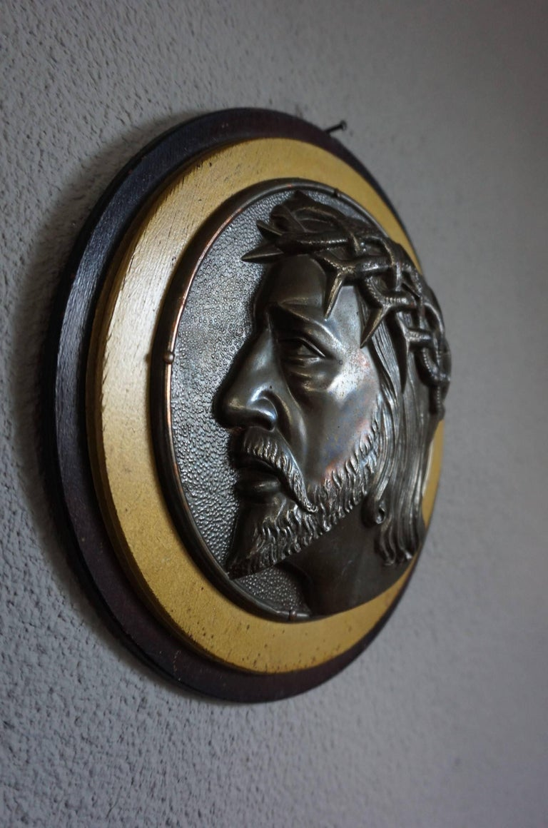 Art Deco Pair of Early 1900s Brass & Wood Christ & Maria Circular Wall Plaque Sculptures For Sale