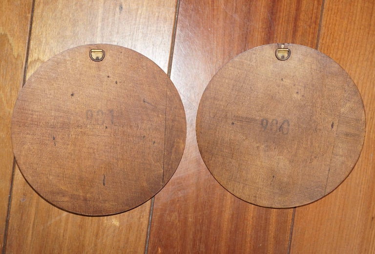 Pair of Early 1900s Brass & Wood Christ & Maria Circular Wall Plaque Sculptures For Sale 3