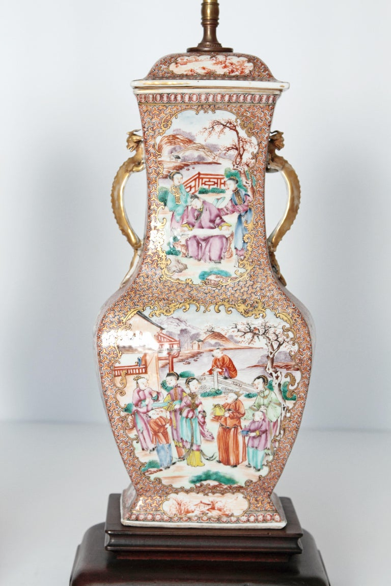 Hand-Painted Pair of Early 19th Century Chinese Export Rose Mandarin Porcelain Jars as Lamps For Sale