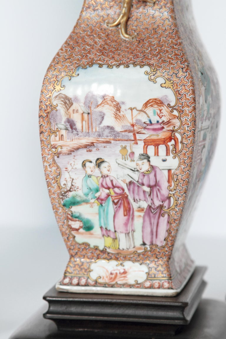 Pair of Early 19th Century Chinese Export Rose Mandarin Porcelain Jars as Lamps For Sale 1