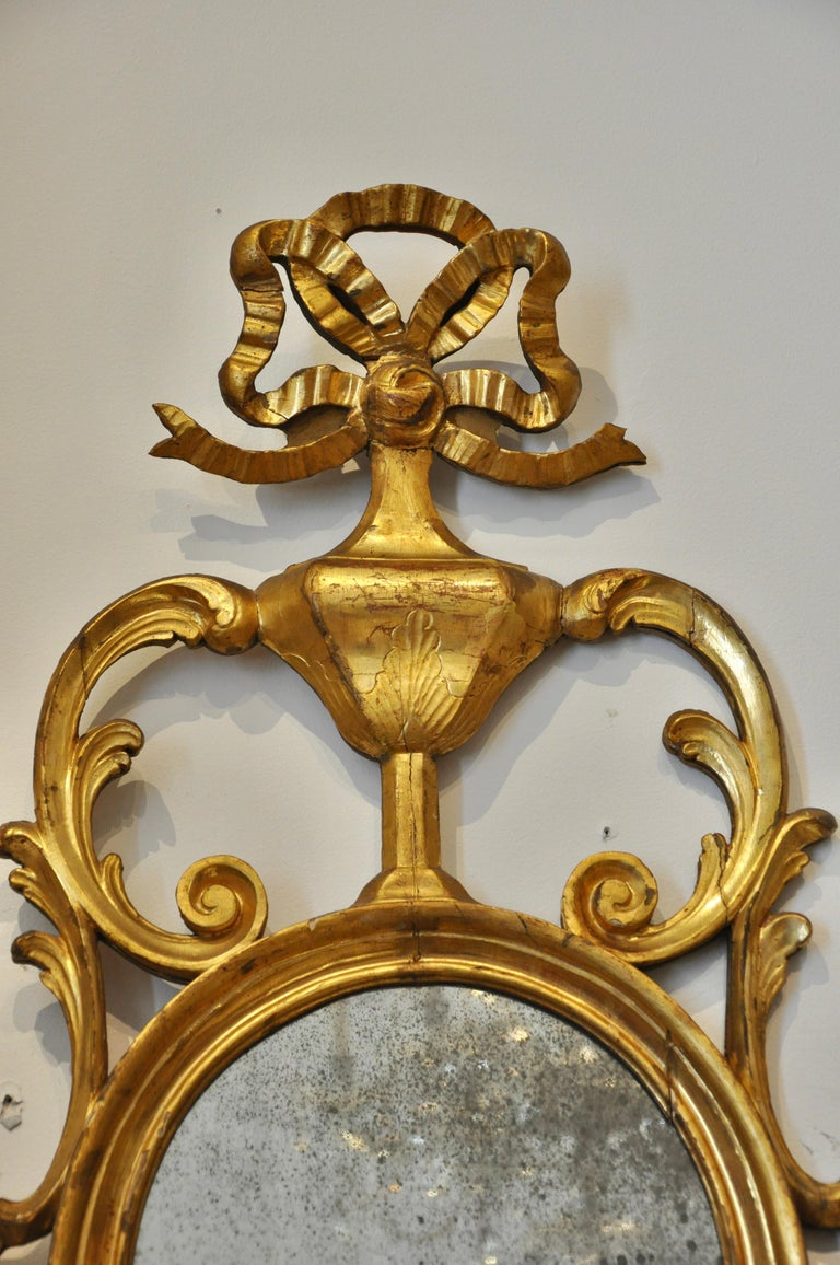 Pair of Early 19th Century Continental Neoclassical Giltwood Sconce Mirrors For Sale 1