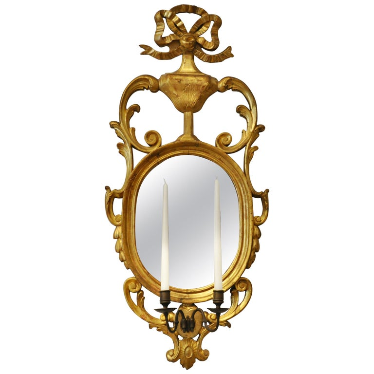 Pair of Early 19th Century Continental Neoclassical Giltwood Sconce Mirrors For Sale 3
