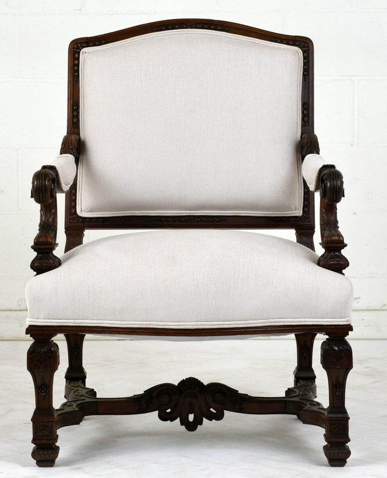 Walnut Pair of Early 19th Century French Louis XVI-Style Armchairs For Sale
