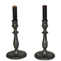 Ein Paar französische Zinn Kerzenhalter,Anfang des 19. Jahrhunderts