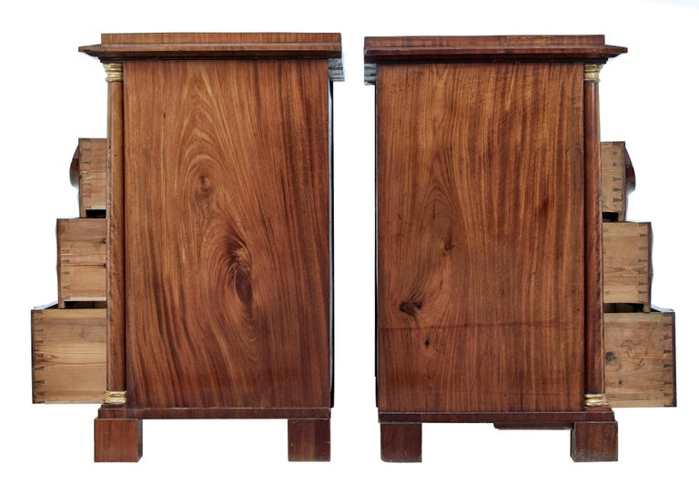 Veneer Pair of Early 19th Century Mahogany Biedermeier Secretaire Commodes For Sale