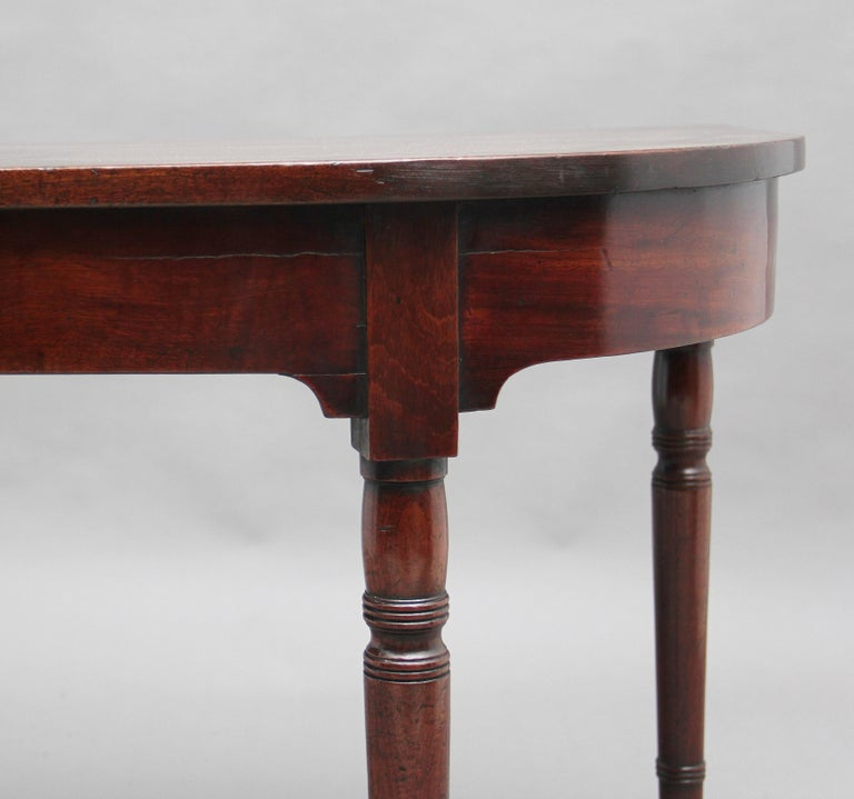 Pair of Early 19th Century Mahogany Console Tables For Sale 5
