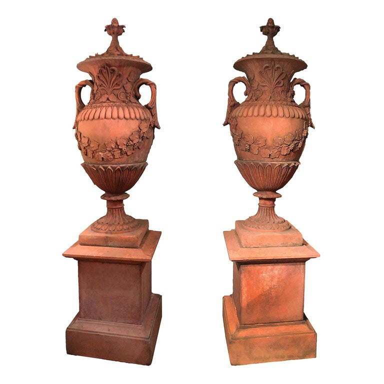 Pair of Early 19th Century Neoclassical Terracotta Urns and Lids on Plinth Bases For Sale