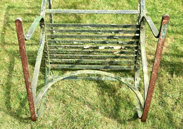 Pair of Early 19th Century Painted Iron Garden Armchairs of Grand Scale In Distressed Condition For Sale In London, GB