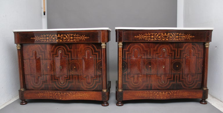Wood Pair of Early 19th Century Spanish Marble Top Commodes For Sale