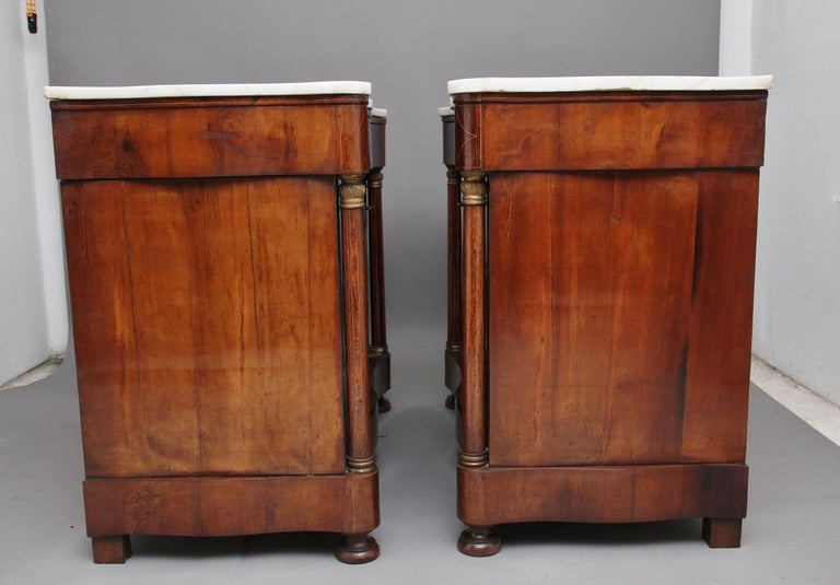 Pair of Early 19th Century Spanish Marble Top Commodes For Sale 1