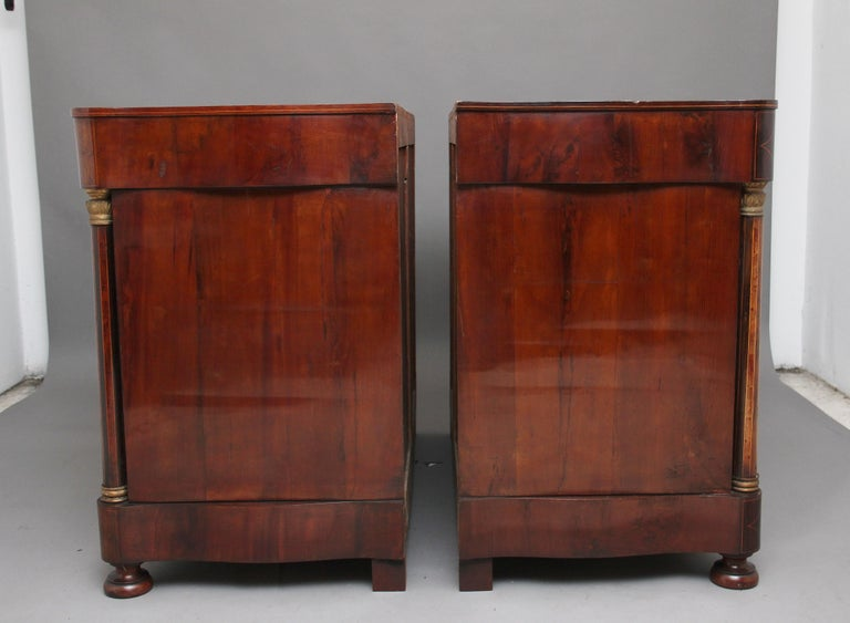 Pair of Early 19th Century Spanish Marble Top Commodes For Sale 3