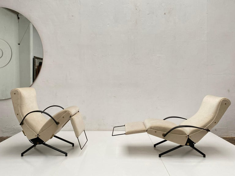 Mid-20th Century Pair of Early 1st Edition P40 Chairs, Osvaldo Borsani, Tecno Italy 1956 Restored For Sale