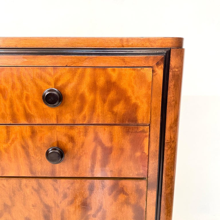 Pair of early 20th Century Art Deco Dresser Chest of Drawers in Mahogany For Sale 5