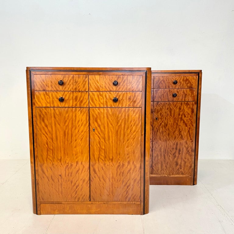 Mid-20th Century Pair of early 20th Century Art Deco Dresser Chest of Drawers in Mahogany For Sale