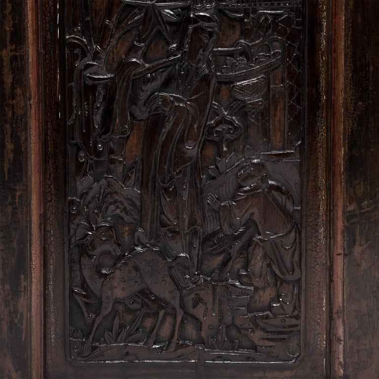 Pair of Early 20th Century Chinese Carved Glass Doors In Good Condition For Sale In Chicago, IL