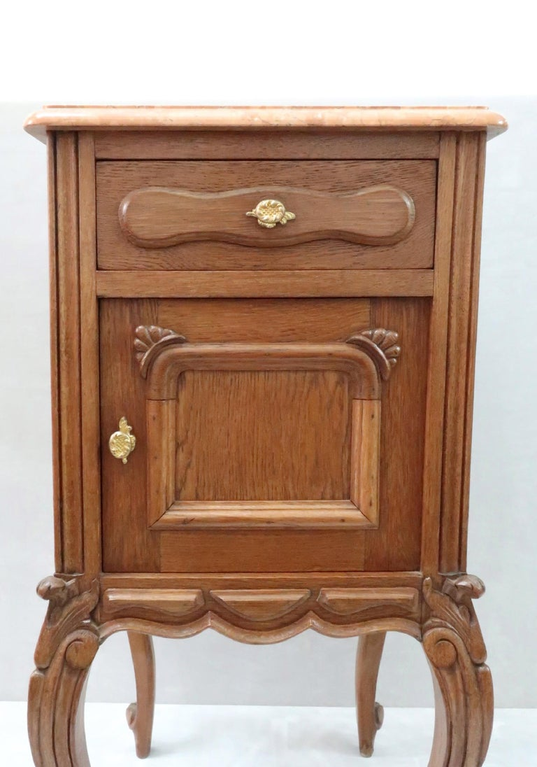 Pair of Early 20th Century Continental Oak Bedside Cabinets with Marble Tops For Sale 3