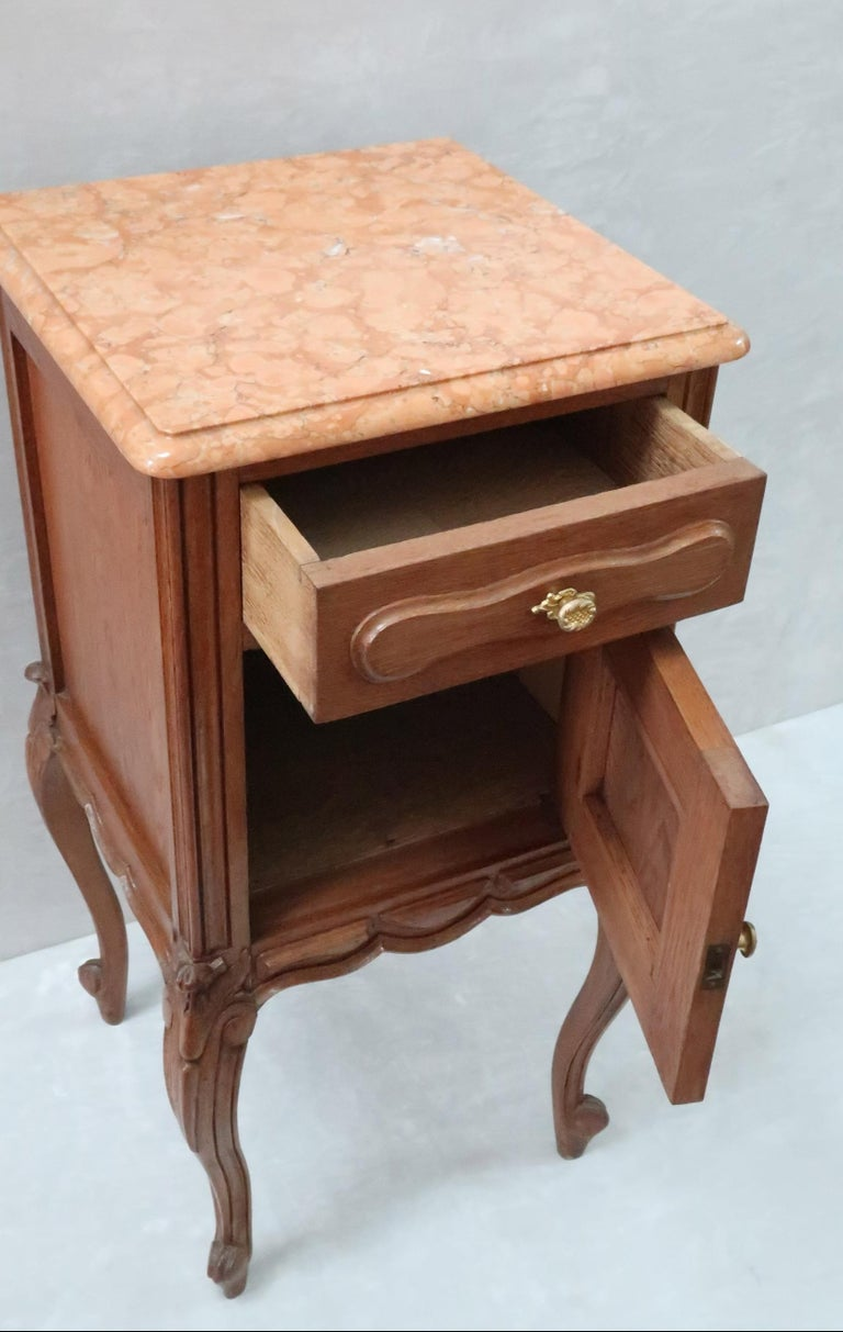 Pair of Early 20th Century Continental Oak Bedside Cabinets with Marble Tops For Sale 5