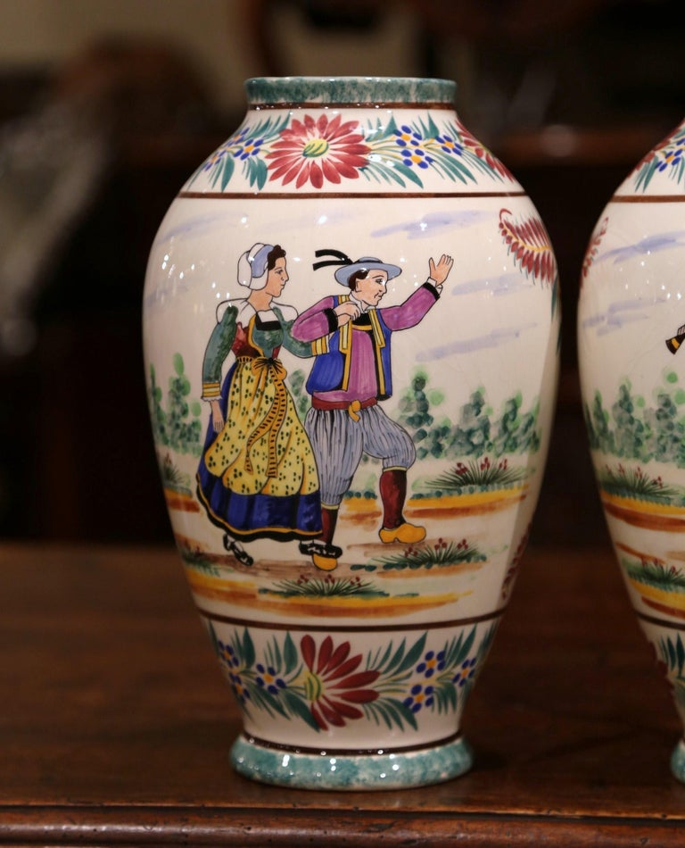 Hand-Crafted Pair of Early 20th Century French Hand Painted Vases Signed HB Quimper For Sale