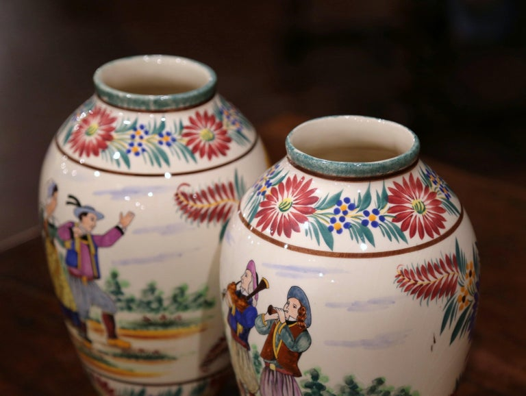 Pair of Early 20th Century French Hand Painted Vases Signed HB Quimper For Sale 3